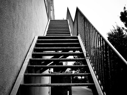 stairs-826156_960_720